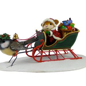 M404 Santa's Christmas Tweets