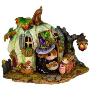 M-619a_Wee Halloween Bungalow